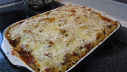Baked Penne with Spinach and Sun Dried Tomatoes